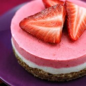 Raw Vegan Strawberry Dreamcake | A Dash of Compassion